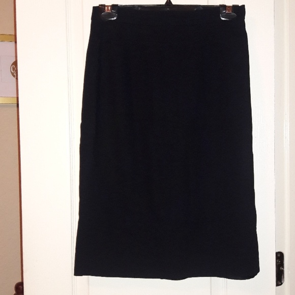 Liz Claiborne Dresses & Skirts - Liz Claiborne Black Pencil Skirt